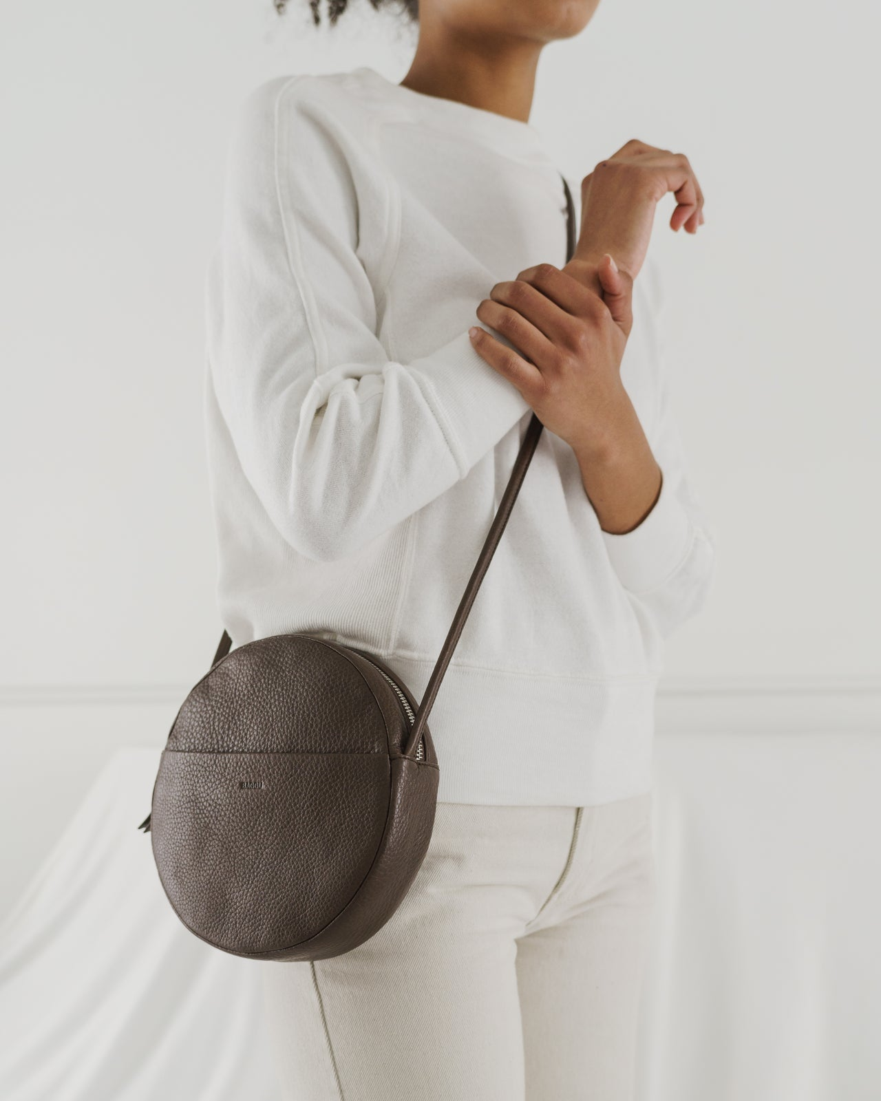 Soft Circle Purse - Chocolate