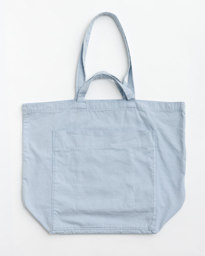 Giant Pocket Tote - Canvas Tote - Powder Blue - Light Blue - A giant canvas tote, with two exterior patch pockets and two interior patch pockets. - Tags: Canvas bag, canvas tote, travel, carry-on