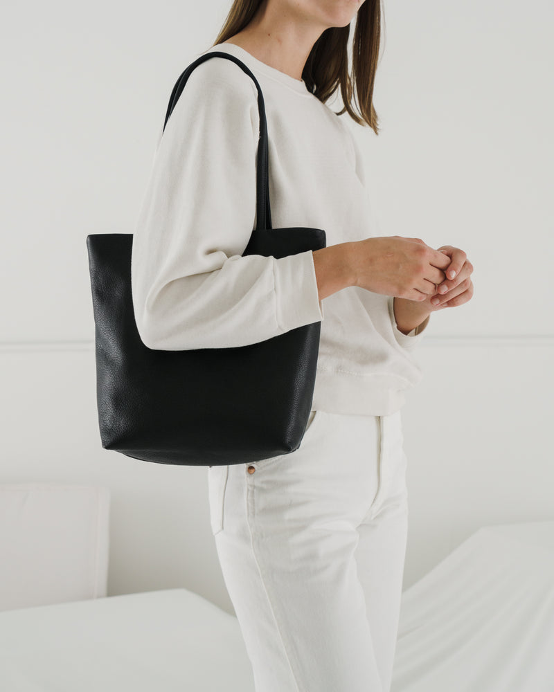 Medium Leather Tote - Black