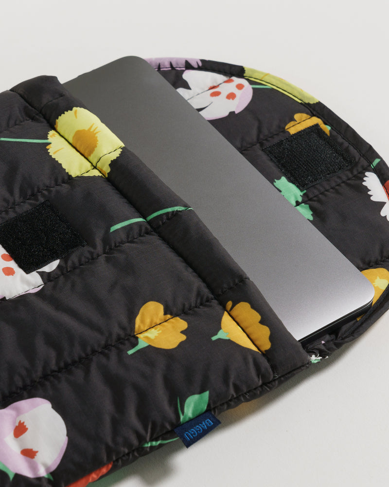 BAGGU Puffy Laptop Sleeves  Claire Nereim - Plant Planet - Hand drawn botanical print