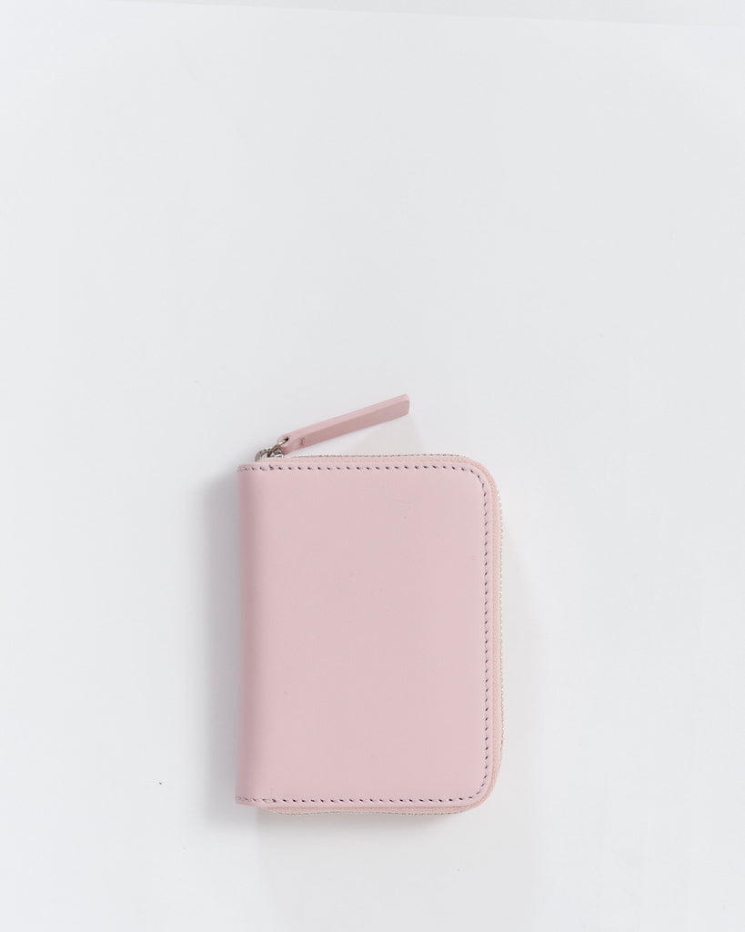Short Wallet - Leather Wallet - Powder Pink - Light Pink - A compact leather wallet with four card slots, two accordian pockets and one coin pouch. - Tags: Leather wallet, zip wallet