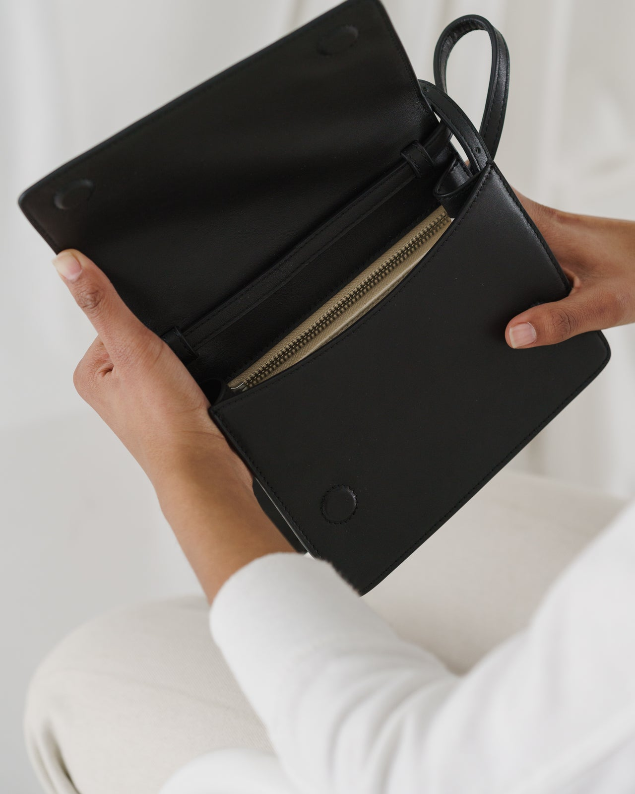 Small Structured Crossbody - Black
