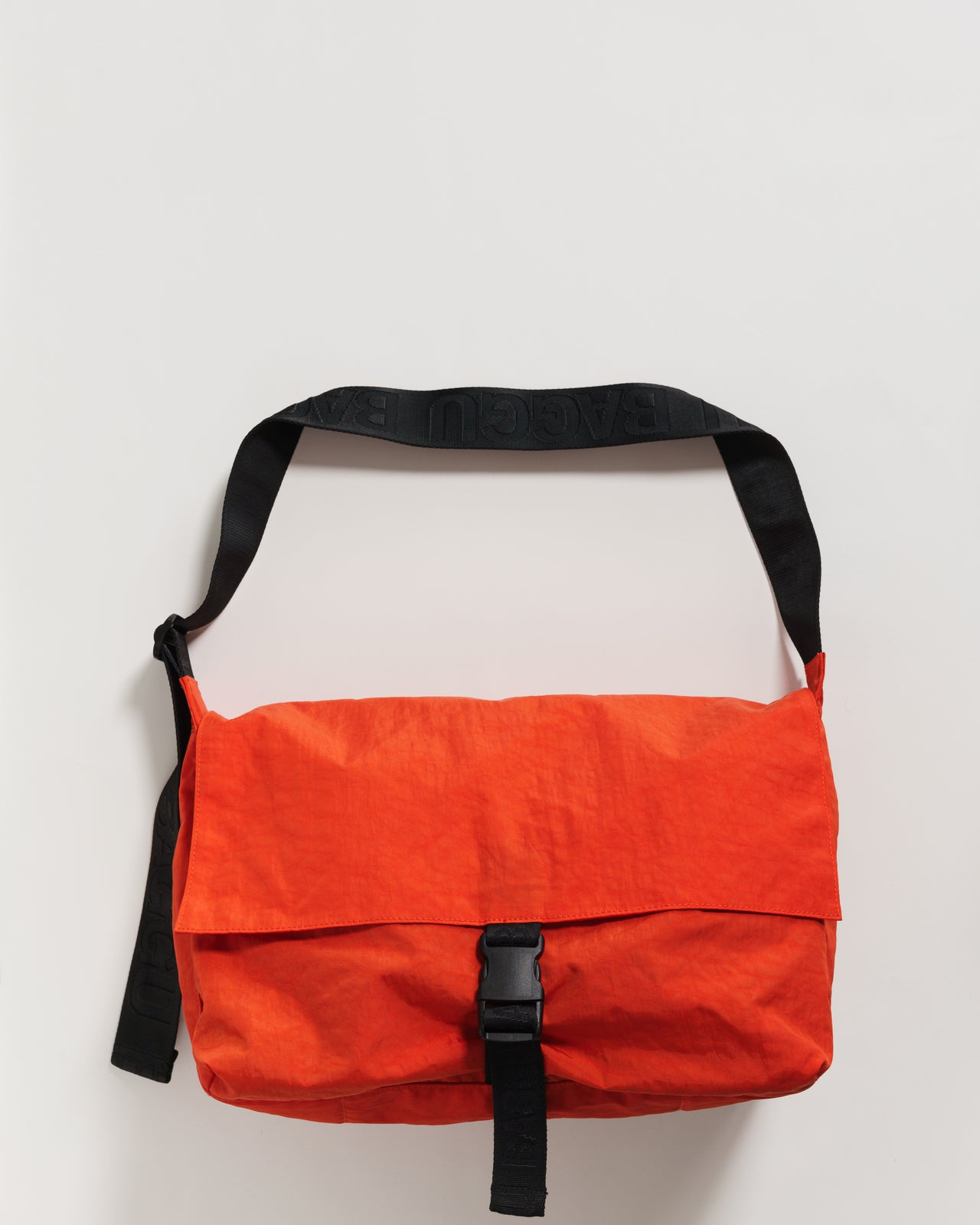 Sport Messenger Bag - Tomato