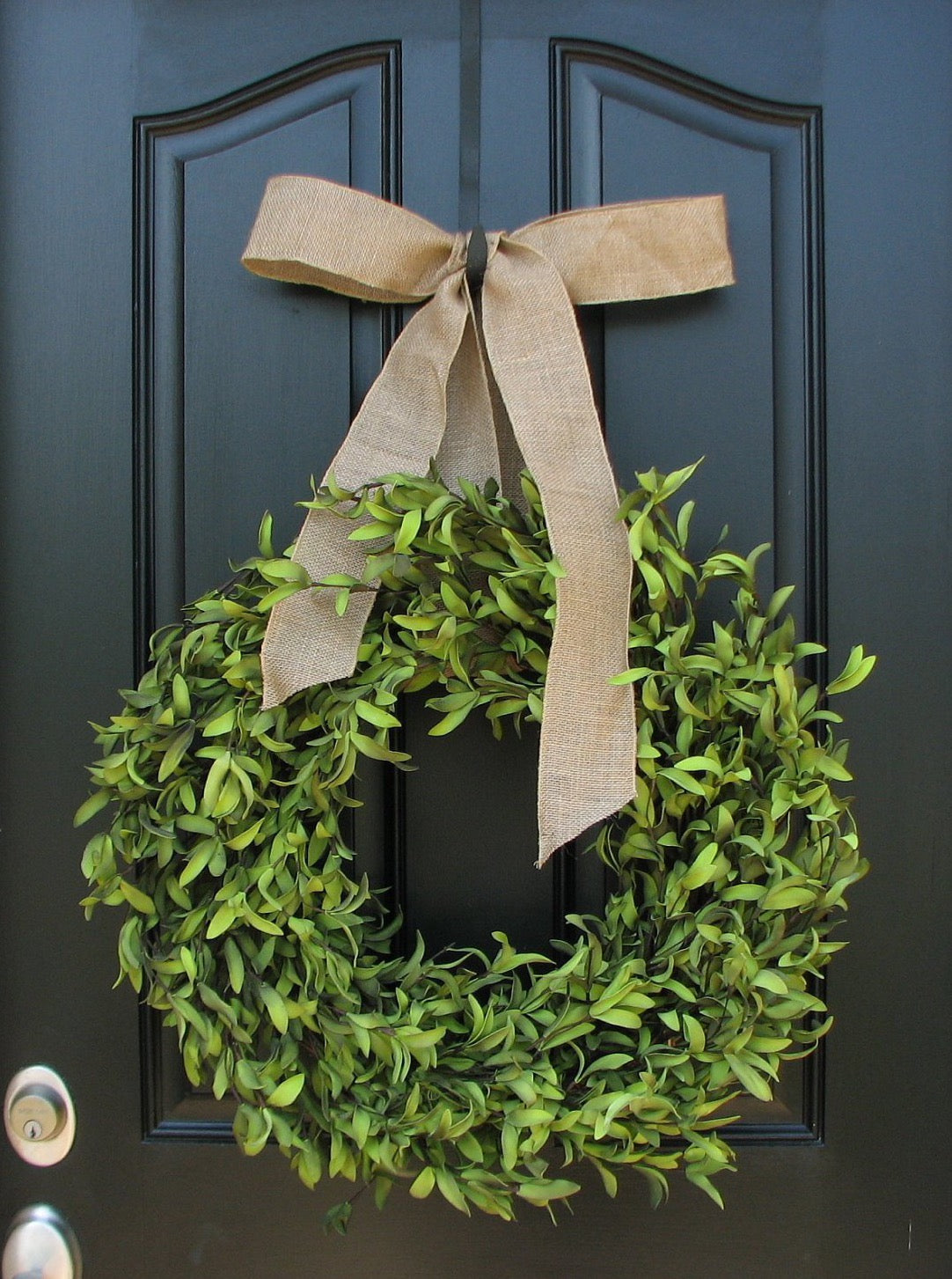 Everyday Boxwood Wreath - TwoInspireYou