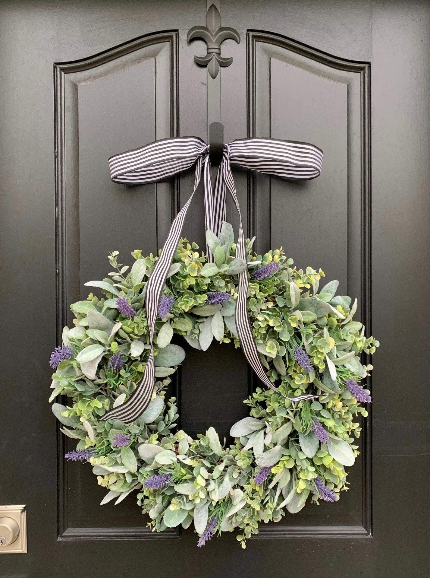Farmhouse Eucalyptus Wreath - TwoInspireYou