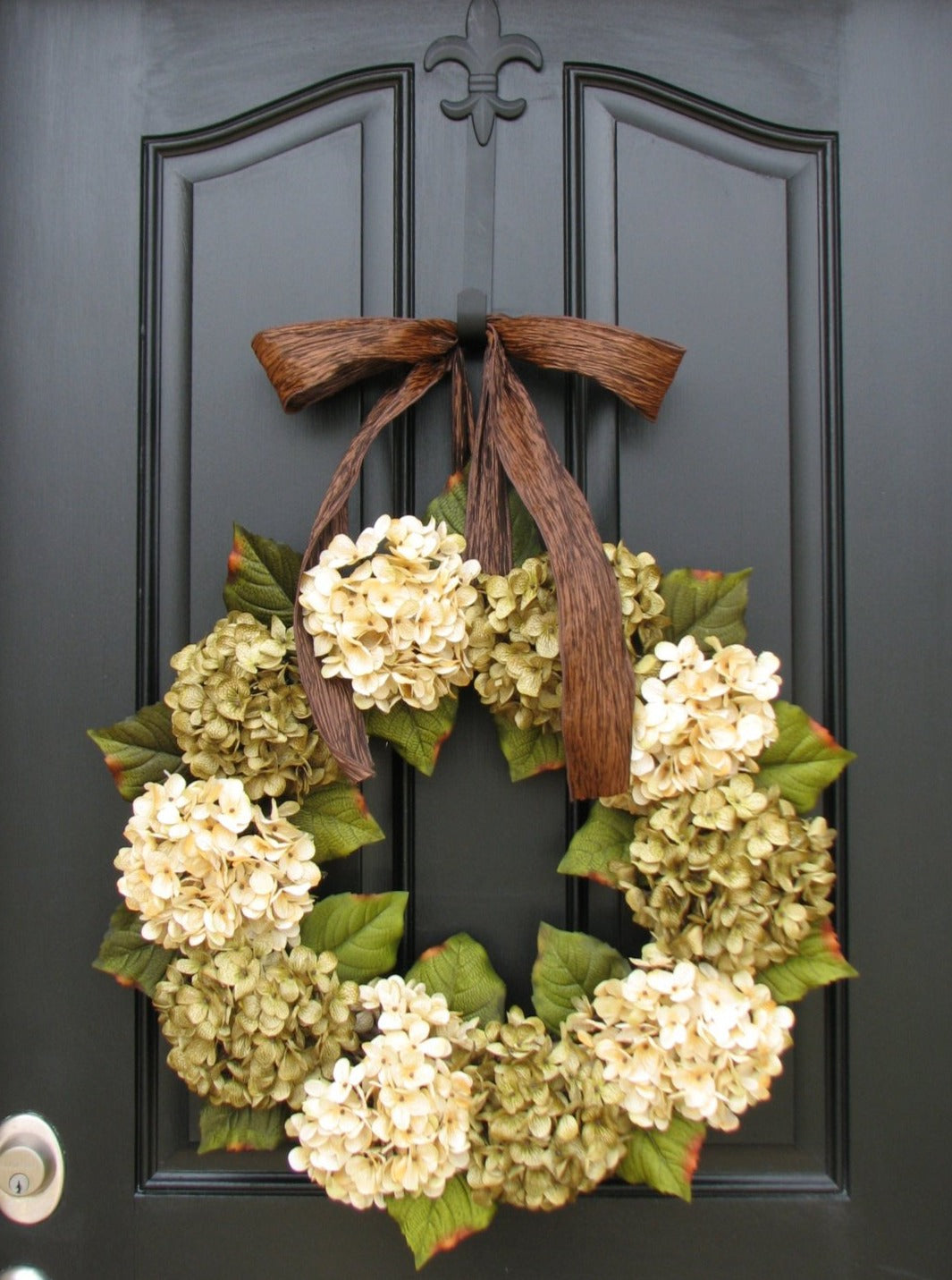 Green and Cream Hydrangea Wreath - TwoInspireYou