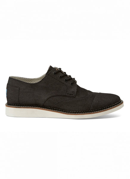 MENS BROGUES IN BLACK DENIM
