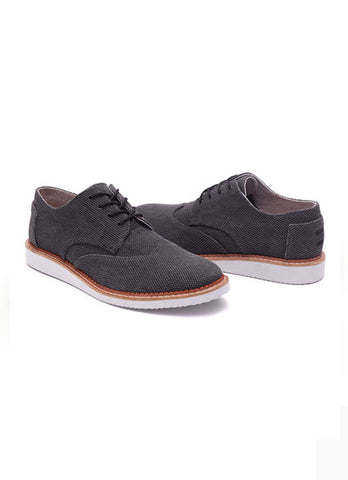 MENS BROGUES IN FARREN