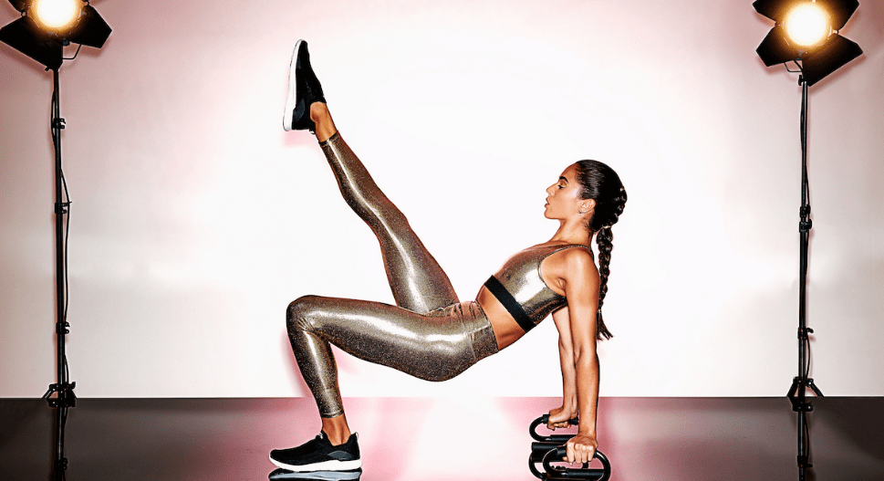heroine sport in 24k marvel legging