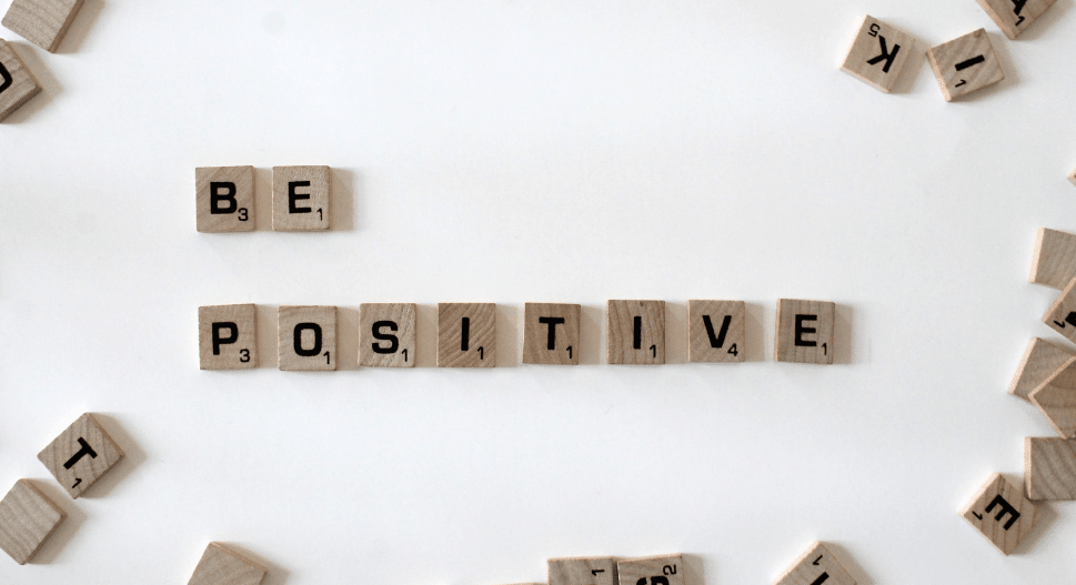 how to be more positive in everyday life