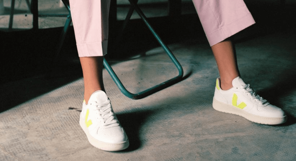 how to style veja trainers