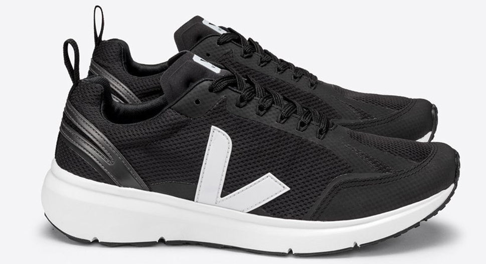 https://thesportsedit.com/products/veja-condor-2-trainers-black-white