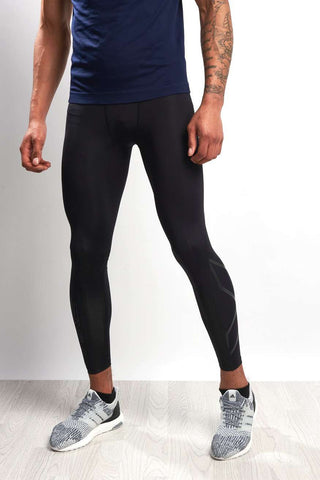 2XU Accelerate Compression Tights Blk/Nero image 1 - The Sports Edit