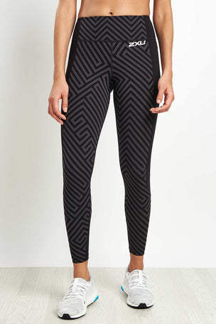 2XU Pattern Fitness Compression Tight image 5 - The Sports Edit