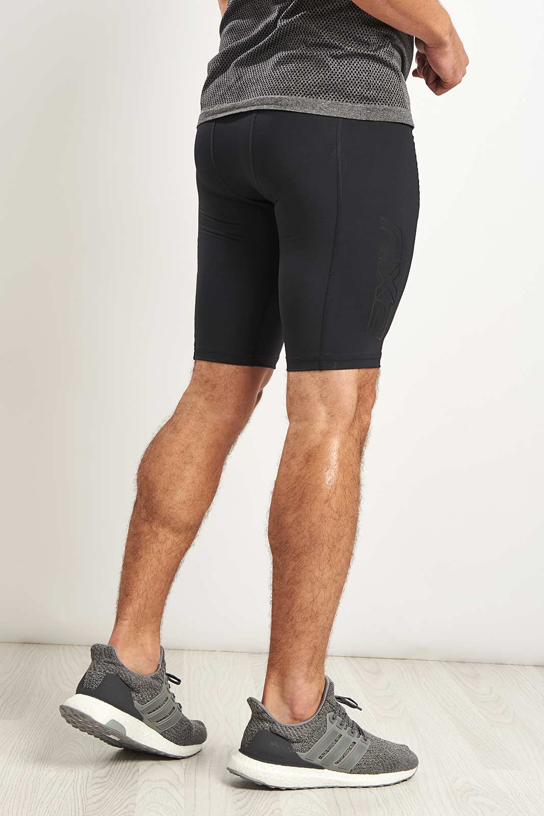2XU Accelerate Comp Shorts Blk/Nero image 2 - The Sports Edit