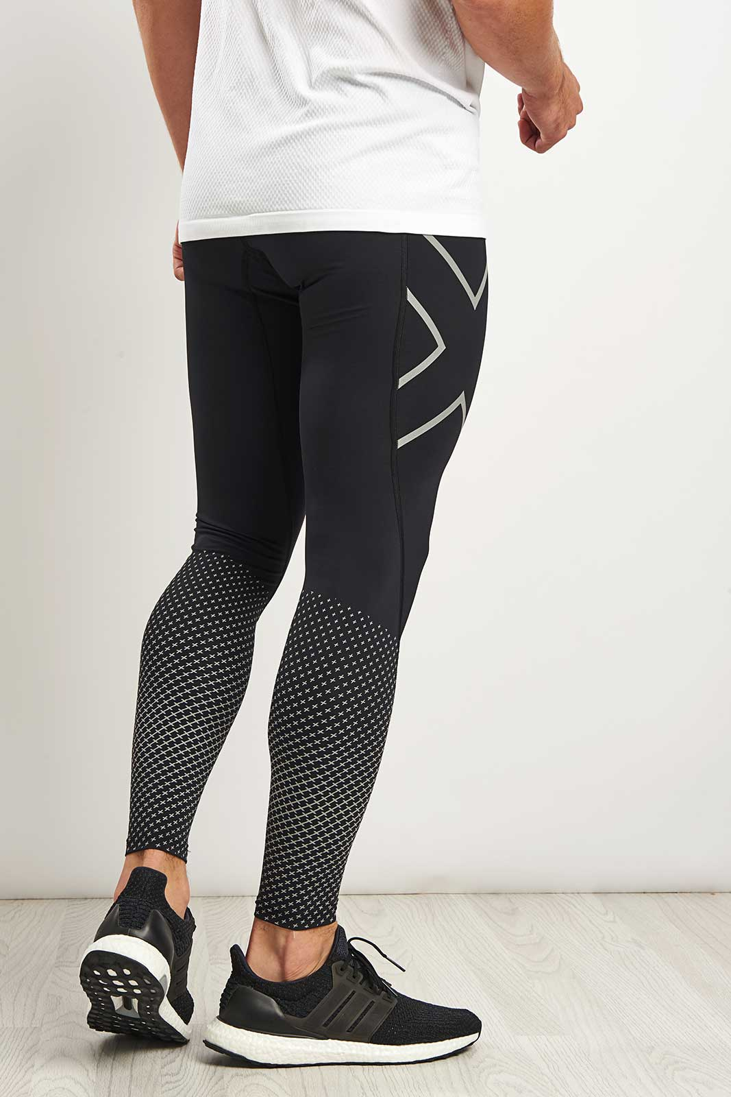 2XU Reflect - Reflective Compression Tights image 2 - The Sports Edit