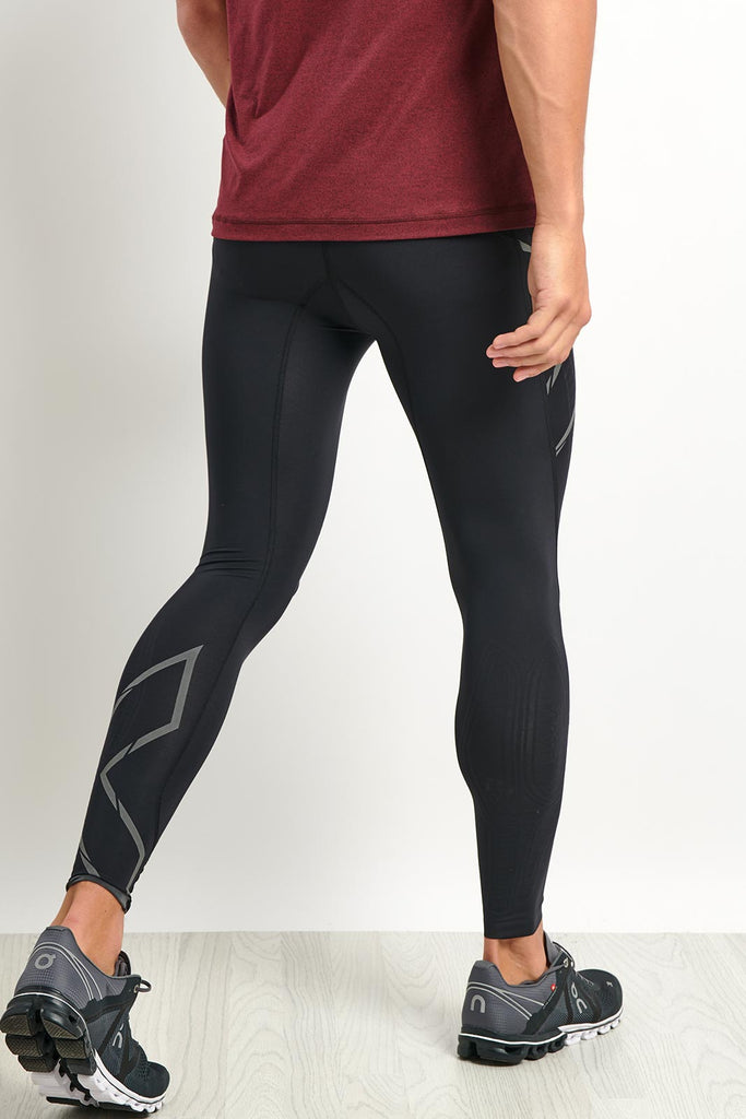 f267594d15224 2XU MCS Run Compression Tights With Back Storage image 3 - The Sports Edit
