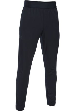 Under Armour UA WG Woven Tapered Pants image 5 - The Sports Edit