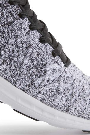 APL TechLoom Phantom - Black/White Ombre image 5 - The Sports Edit