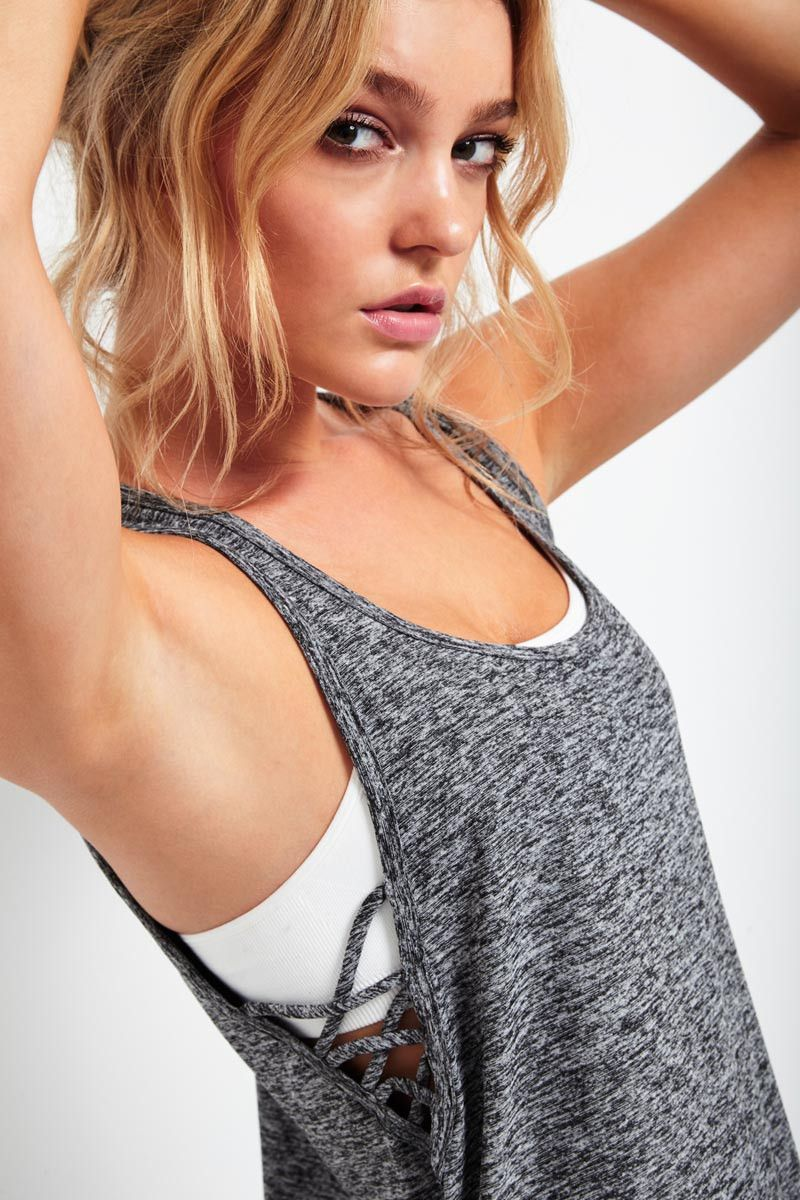 Beyond Yoga Criss Cross Side Spacedye Tank image 4 - The Sports Edit