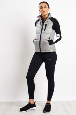 Alala City Puffer Vest image 4 - The Sports Edit