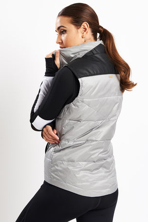 Alala City Puffer Vest image 2 - The Sports Edit