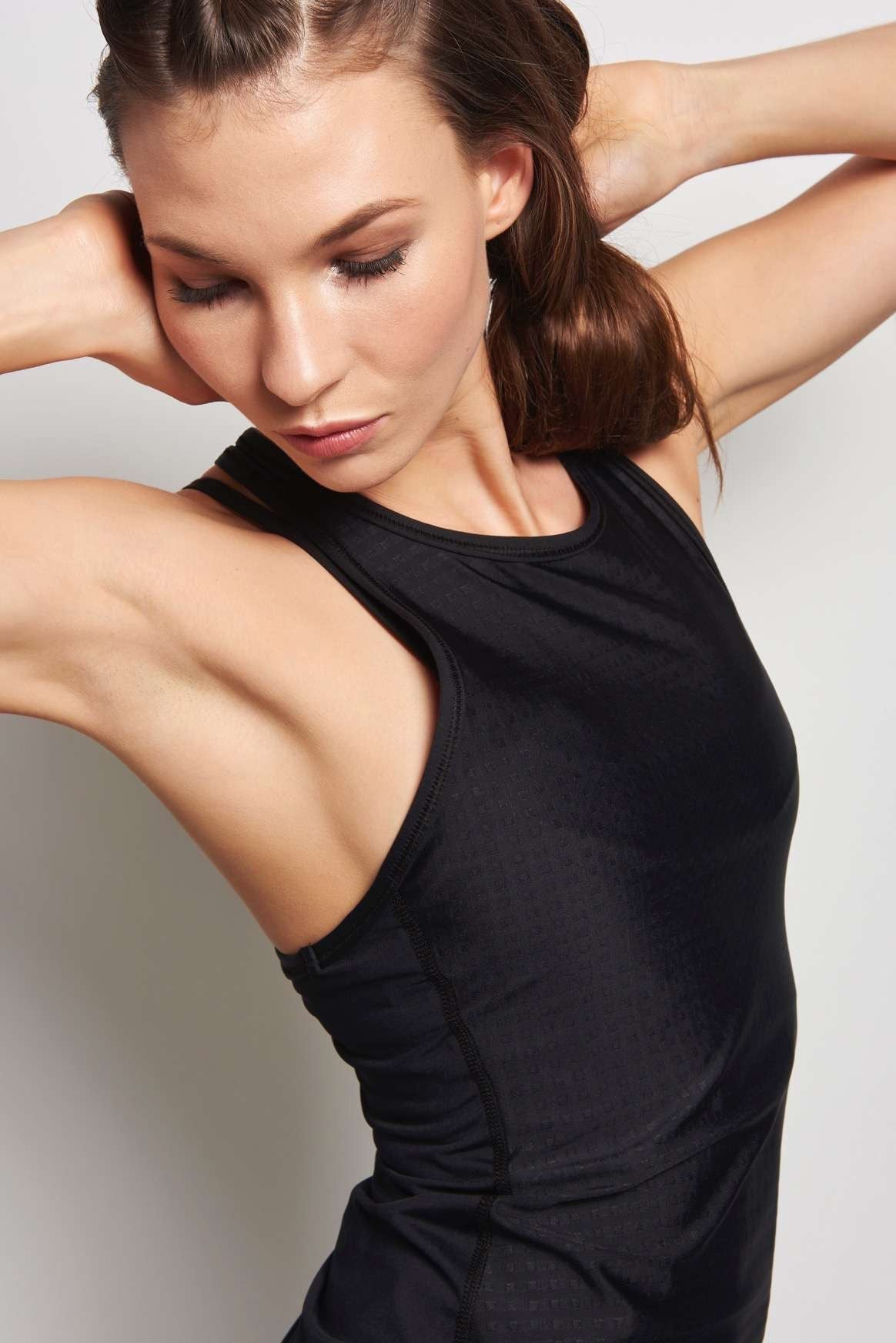 Alala Racer Tank Embossed Check image 3 - The Sports Edit