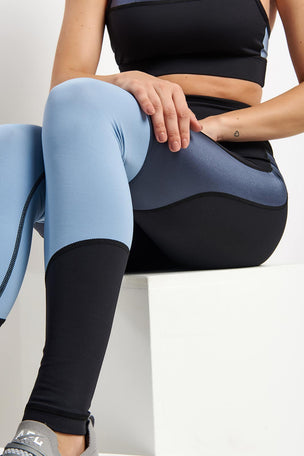Alala Vamp Tights - Ice Blue/Black image 3 - The Sports Edit