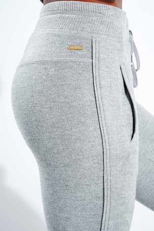 Alala Wander Sweatpant - Glacier image 4 - The Sports Edit