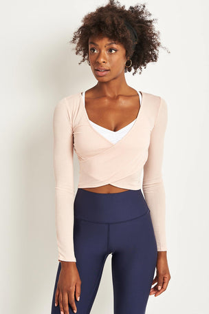 Alo Yoga Amelia Long Sleeve Crop - Nectar image 1 - The Sports Edit