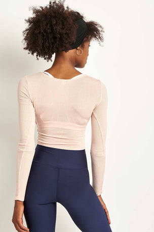 Alo Yoga Amelia Long Sleeve Crop - Nectar image 2 - The Sports Edit