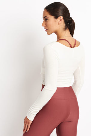 Alo Yoga Amelia Luxe Longsleeve - Pristine image 2 - The Sports Edit