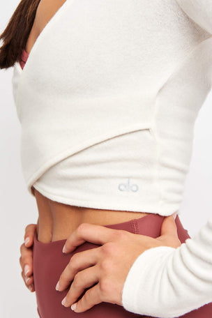 Alo Yoga Amelia Luxe Longsleeve - Pristine image 3 - The Sports Edit