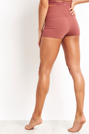Alo Yoga Aura Short - Rosewood image 2 - The Sports Edit