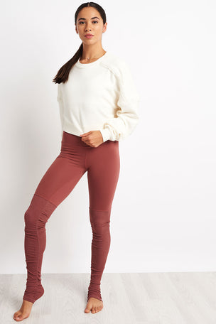 Alo Yoga City Long Sleeve Top - Pristine image 4 - The Sports Edit
