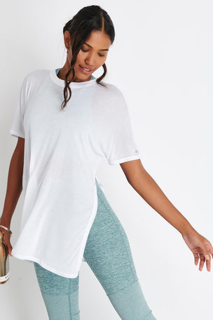 Alo Yoga Dreamer Short Sleeve Top - White image 5 - The Sports Edit