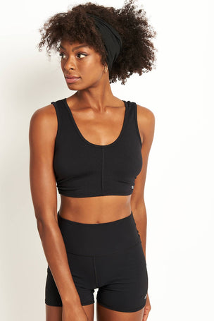 Alo Yoga Delicate Twisted Back Bra - Black image 2 - The Sports Edit