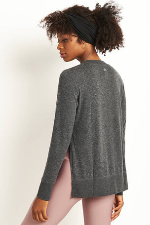 Alo Yoga Glimpse Long Sleeve Top - Charcoal Heather image 3 - The Sports Edit