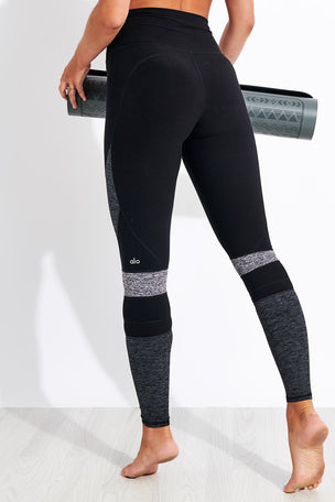 Alo Yoga High Waisted Alosoft Momentum Legging - Black/Dark Grey/Dove Grey image 3 - The Sports Edit