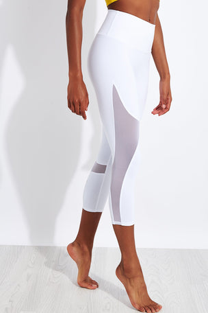 Alo Yoga High Waisted Coast Capri - White image 1 - The Sports Edit