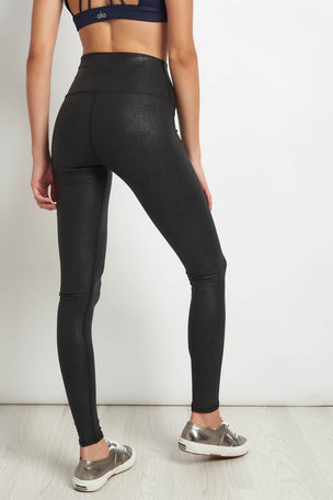 Alo Yoga High-Waist Airbrush Legging Blk/Perf Leather image 2 - The Sports Edit
