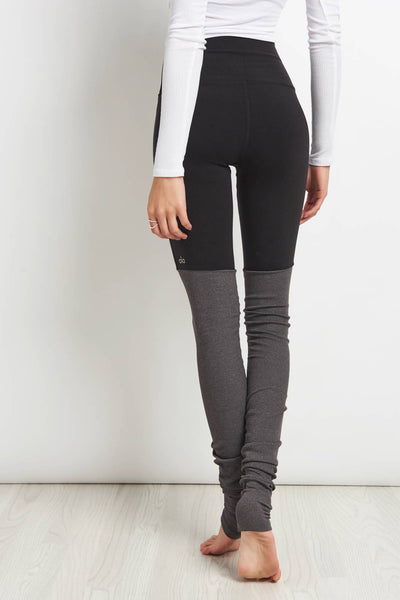 Busta comfort etico  Alo Yoga | H. Waisted Goddess Legging - Black/Stormy | The Sports Edit