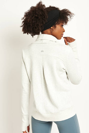 Alo Yoga Haze Long Sleeve Top - White/ Heather image 2 - The Sports Edit