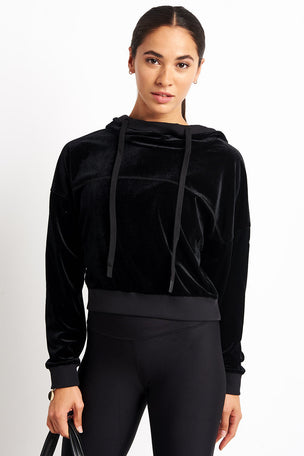 Alo Yoga Layer Long Sleeve Top - Black image 5 - The Sports Edit