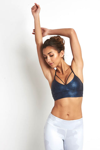 Alo Yoga Spotlight Bra Salt Water/Black image 1 - The Sports Edit