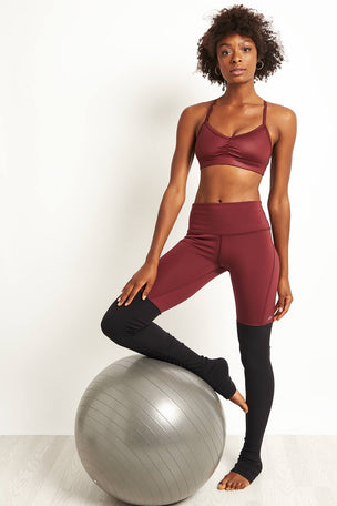 Alo Yoga Sunny Strappy Black Cherry Glossy image 4 - The Sports Edit