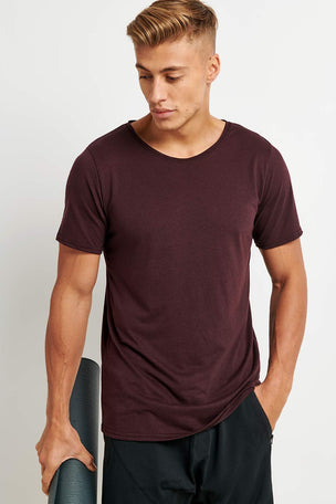 Alo Yoga Ultimate Short Sleeve Tee - Oxblood image 1 - The Sports Edit