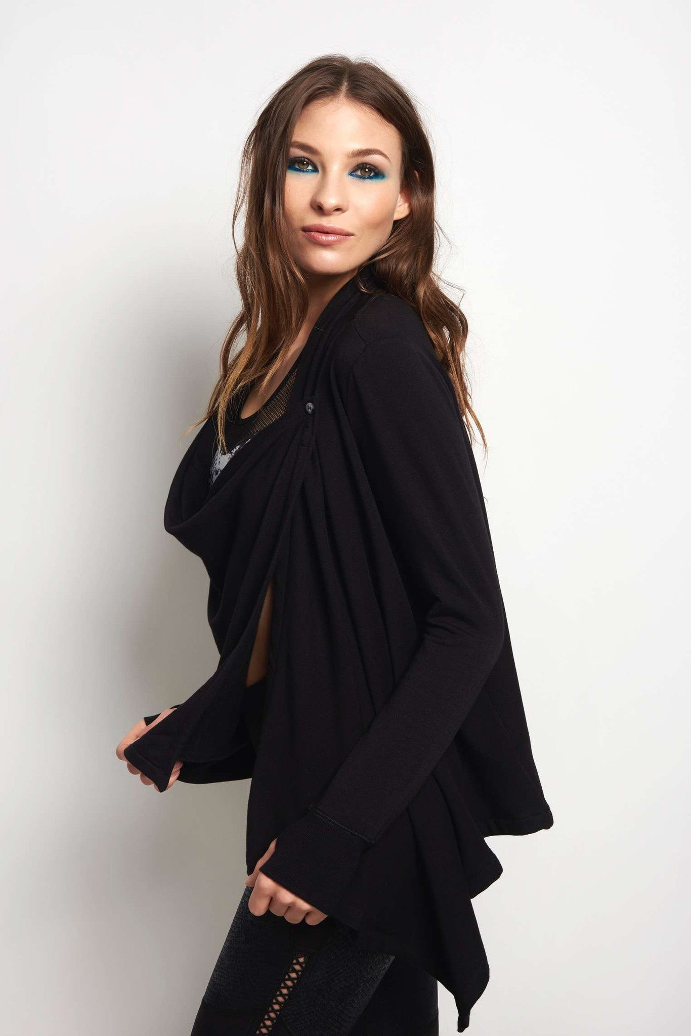 Beyond Yoga Stone's Throw Over Drape Cardigan - Black image 2 - The Sports Edit