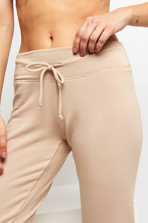 Beyond Yoga Lounge Around Jogger -Texas Taupe image 4 - The Sports Edit