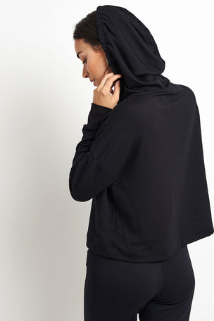 Beyond Yoga Sedona Cropped Hoodie - Black image 2 - The Sports Edit